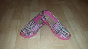 Like New!  Girls Shoes - Toms Plaid Pattern Sz 2 in Lockport, Illinois