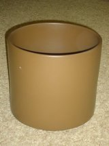 large pottery planter in Glendale Heights, Illinois