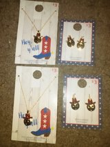 Emoji earring and knecklace sets. in Beaufort, South Carolina