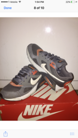 Nike Vandal Low GS-Size 7 in Lockport, Illinois