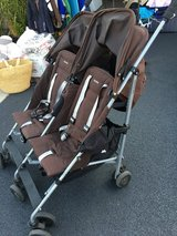 Maclaren double stroller twin triumph in Chicago, Illinois