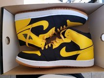 Air Jordan 1 Retro 'New Love' in Fort Carson, Colorado