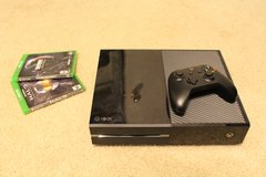Xbox 1 w/ 2 games and controller in Fort Lewis, Washington