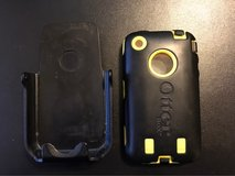 iPhone 3 Otter Box Cover in Fort Polk, Louisiana