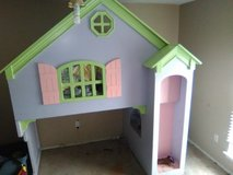 Little Girls Princess bed Castle in Lawton, Oklahoma