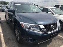'14 Nissan Pathfinder S 4×4 3rd Row in Spangdahlem, Germany