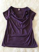 Purple top size medium in Yucca Valley, California