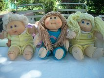 12 Cabbage Patch Dolls with Clothes in Alamogordo, New Mexico