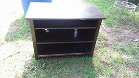 """Tv stand 36x18.5"""" 28"""" tall $12 in Fort Riley, Kansas"""