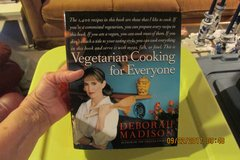 Vegetarian Cookbook - 1400 Recipes - GIFTABLE !  (Never Used) in Houston, Texas