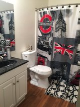 Room for rent with private bathroom in Camp Pendleton, California