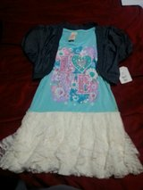 Girls shirt size 10 in Wilmington, North Carolina