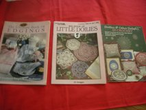 Set of 3 books . in crochet. 2 Leisure  Arts and 1 Plaid. in Schaumburg, Illinois