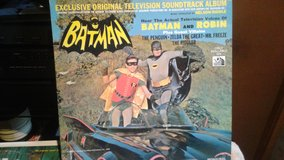 PRICE DROP!!! BATMAN and ROBIN vintage vinyl record! in Joliet, Illinois