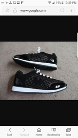 Michael kors gym shoes like new in Joliet, Illinois