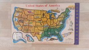 Melissa and Doug Deluxe USA Map Puzzle in Naperville, Illinois
