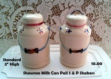 Shawnee Milk can Pail Salt & Pepper Shakers in Chicago, Illinois