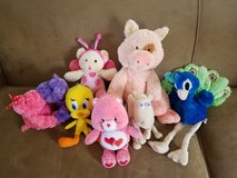 **REDUCED** Girls Stuffed Toys Lot in Fort Campbell, Kentucky