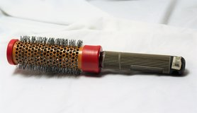 "CHI Ceramic Small Round Salon Beauty Shop Brush Comb Hair Style Curl 1"" CB01 in Houston, Texas"