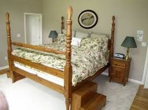 Queen Pine Four Poster Bed Frame w/Pineapple Finials in Yucca Valley, California