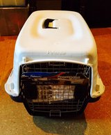 Kennel - Petmate Compass Pet Dog Cat Travel Carrier 10-20 lbs in Ramstein, Germany