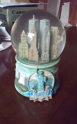 New York 120MM Musical Waterglobe in Conroe, Texas