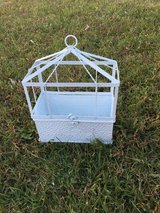 NEW Elegant White Decorative Metal Plant Stand in Camp Lejeune, North Carolina