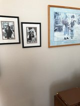 Decorate a child's room w prints in Camp Pendleton, California