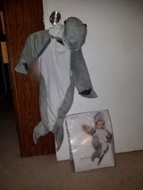 Infant Shark costume  sz 0-6 mths in Bolingbrook, Illinois