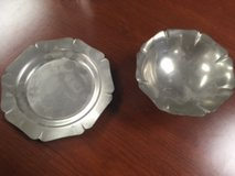 Colonial Pewter Dish set in Bolingbrook, Illinois