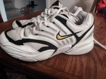 sz 7 Nike Air Pegasus running shoe!! Mens/young mens in Fort Campbell, Kentucky