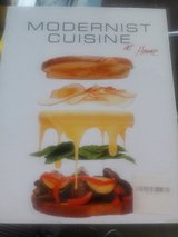 REDUCED Modernist Cuisine book set in Glendale Heights, Illinois