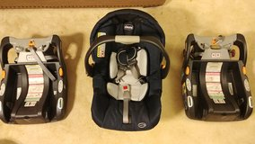 Chicco infant car seat w/ 2 bases in Fort Bragg, North Carolina