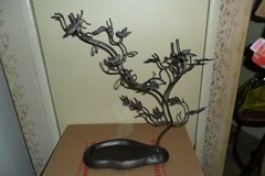 metal jewelry tree in Fort Campbell, Kentucky