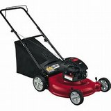 "MTD YARD MACHINES 21"" PUSH MOWER in Conroe, Texas"
