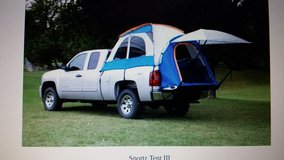 SPORTZ II TRUCK BED TENT FOR 8' BED. USED ONCE. in Yucca Valley, California