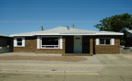 WOW!! 4 Bedroom 2 Bath (mastersuite) All appliances included in Alamogordo, New Mexico