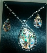 Mixit Necklace/Earring set in Spring, Texas