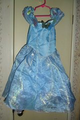 size 4-6X Disney costume dress in Fort Campbell, Kentucky