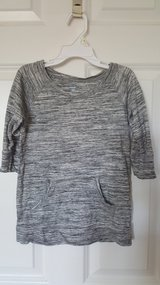 Old Navy top size 5 in Plainfield, Illinois