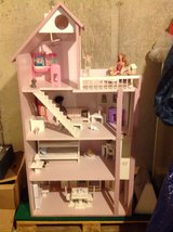 Child size Barbie Doll House in St. Charles, Illinois
