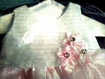 2T Girls Dress Beautiful Halter Formal type for Pictures or Holidays etc in Fort Campbell, Kentucky