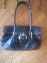 COACH BLACK LEATHER PURSE in Naperville, Illinois