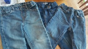 Boys size 3T jeans in Byron, Georgia