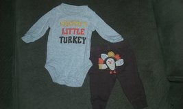 Newborn Thanksgiving outfit in Bolingbrook, Illinois