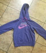 NIKE Hoodie Size Small! GREAT Condition! in Fort Campbell, Kentucky