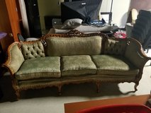 Antique Couch in Naperville, Illinois