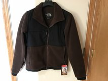 NWT North Face Denali 2 Mens Small Coffee Bean Brown / Black in Algonquin, Illinois