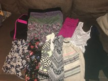 Juniors clothing size s/m in Fort Campbell, Kentucky