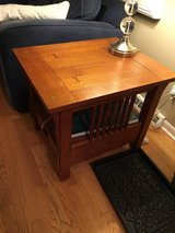 Coffee table w/matching end table in Naperville, Illinois